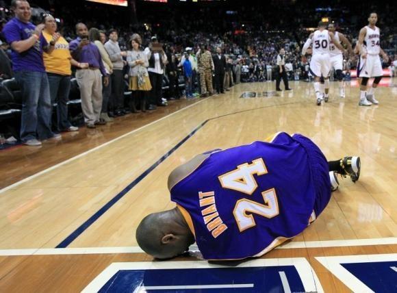 """K. Bryantas patyrė traumą, """"Heat"""" toliau gerina rekordus (rezultatai)"""