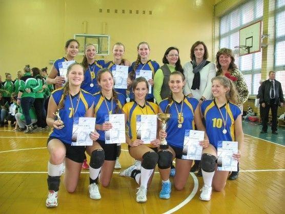 Kauno merginos laimėjo tarptautinį tinklinio turnyrą