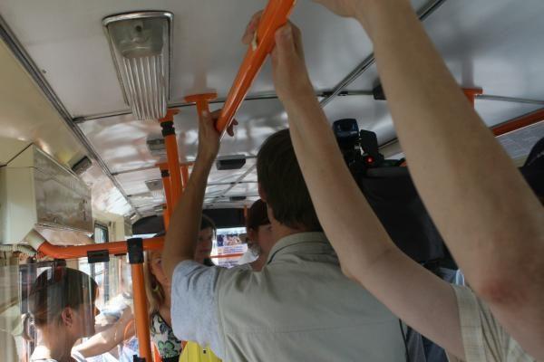 Vilniaus troleibusuose planuojama įjungti stebėjimo kameras