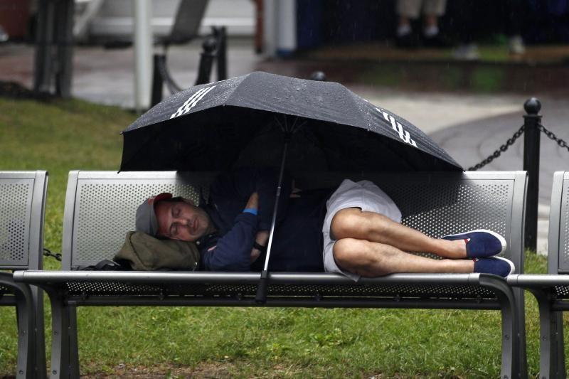 Lietus koreguoja atvirojo JAV teniso čempionato Niujorke varžybas