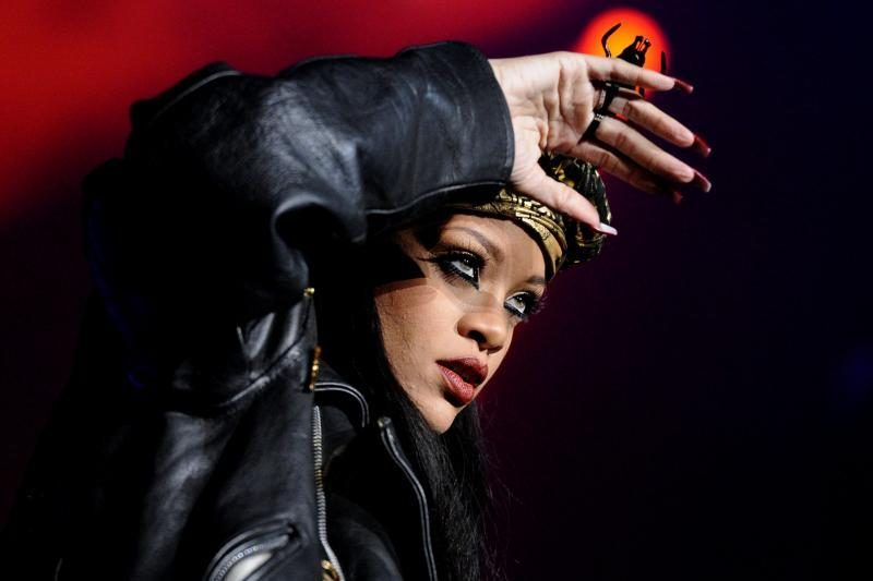 Dainininkai Ch. Brownas ir Rihanna tapo karščiausiu VMA debiutu