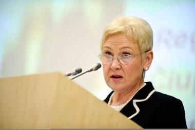 Seimo pirmininkė kreipėsi į VSD dėl 12 pažymų išslaptinimo