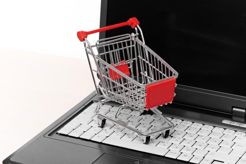Pirkimas internete: rizikinga, tačiau patogu