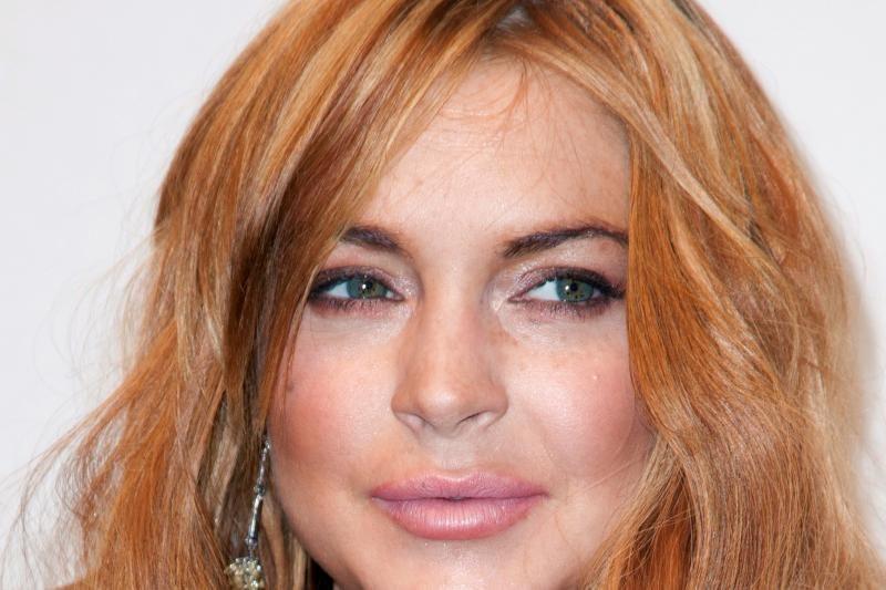 Per daug ir per anksti? L. Lohan ištinęs veidas – botokso pasekmė