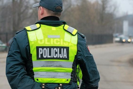 Klaipėdoje nuo petardos nukentėjo dviejų metų mergaitė