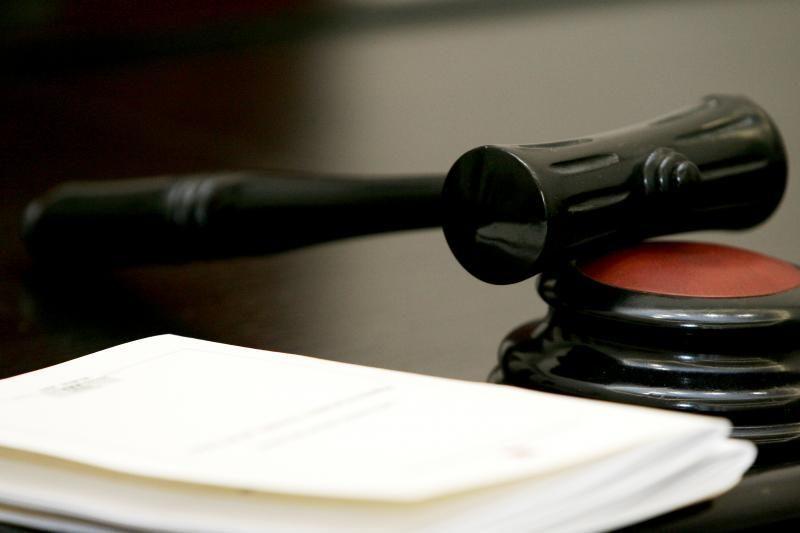Valstybinės ligonių kasos vadovo byla teisme jau guli beveik metus