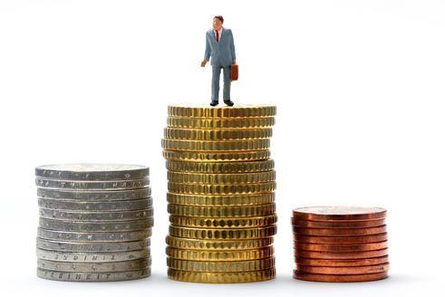 Valstybės skolai padengti kasmet reiks skirti vis daugiau pinigų