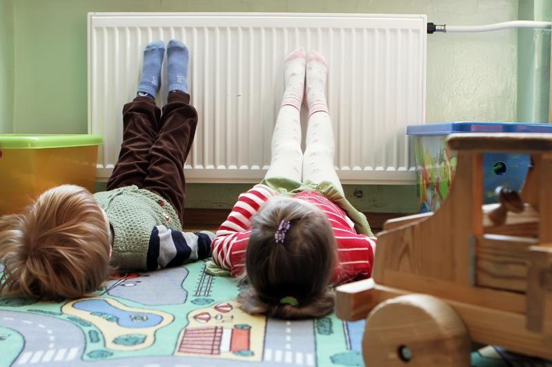 Vaikų lopšeliuose-darželiuose radiatoriai pradės šilti pirmadienį