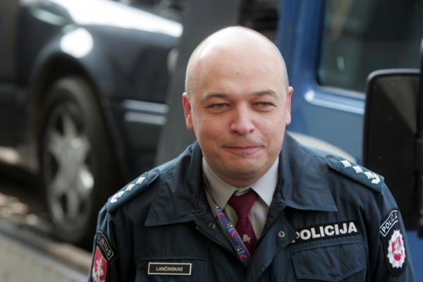 K. Lančinskas į klausimą, ar jaučia politikų kišimąsi: neatsakysiu