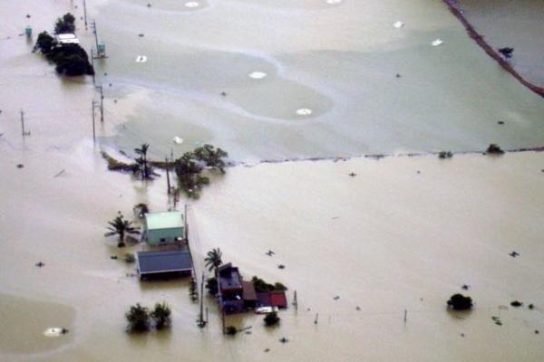 Virš Taivano praslinkęs taifūnas sukėlė didelius potvynius
