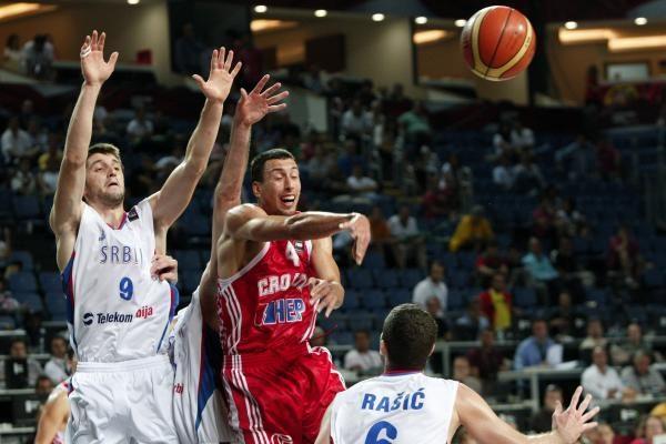 Nugalėję kroatus serbai keliauja į ketvirtfinalį