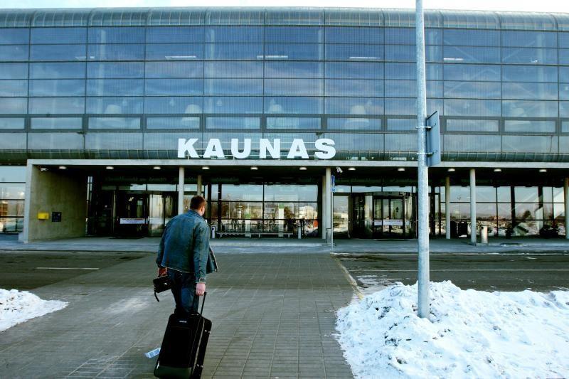 Kauno oro uoste sulaikytas penkerius metus ieškotas įtariamasis