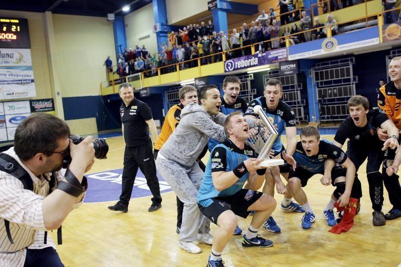 """""""Dragūnas"""" - ketvirtąkart iš eilės Lietuvos rankinio lygos čempionas"""