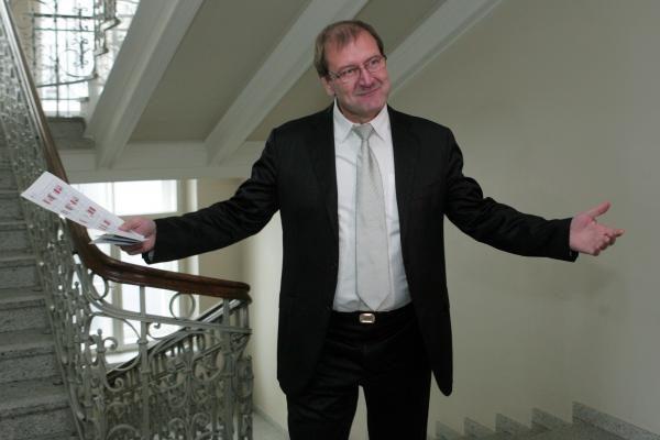 DP siūlo buvusiems KGB rezervininkams trauktis iš partijos gretų