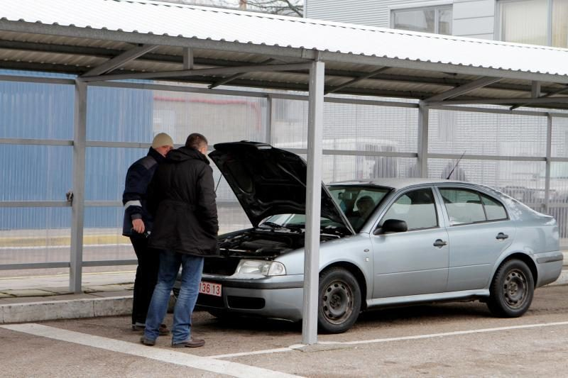 """Liepą - nauja """"Regitros"""" transporto priemonių registravimo paslauga"""