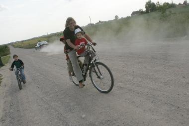 Klaipėdos r. ieškoma išeities dėl dulkančių kelių