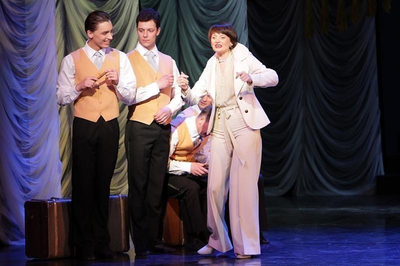 Klaipėdos muzikinis teatras kvietė šokti