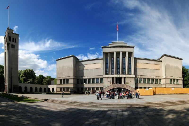 Dėl Karo muziejaus sutarties ministrė kreipėsi į prokurorus