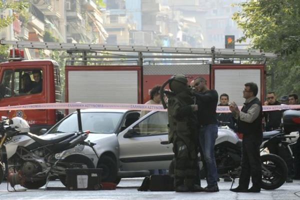 Atėnuose - bandymas susprogdinti 9 ambasadas, taikinyje - ir parlamentas (papildyta 16.19 val.)
