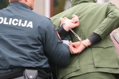 Sostinėje sulaikytas įsismarkavęs nestabilios psichikos jaunuolis