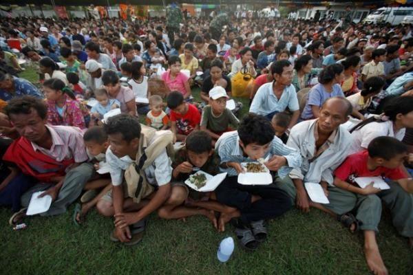 Mianmaras: dėl neramumų 10 tūkst. gyventojų pasitraukė į Tailandą