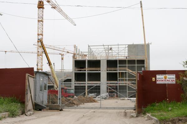 Statybininkai pastatė trečdalį Klaipėdos arenos
