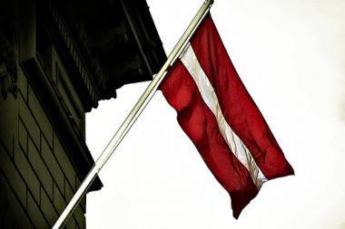 Latviai pasirinko politinį stabilumą