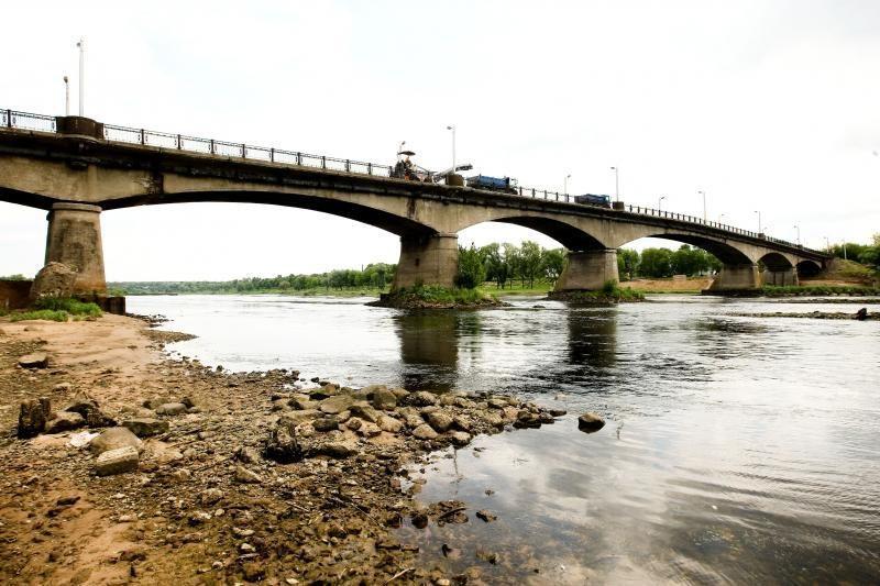 Panemunės tilto uždarymas sutrikdė gyventojų kasdienybę