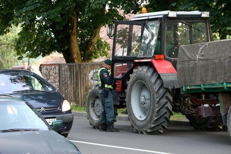 Policijos reidas: apduję dviratininkai ir vairuotojai be teisių