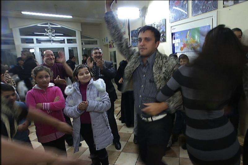Radžio nuotakos išbandė gyvenimą romų tabore