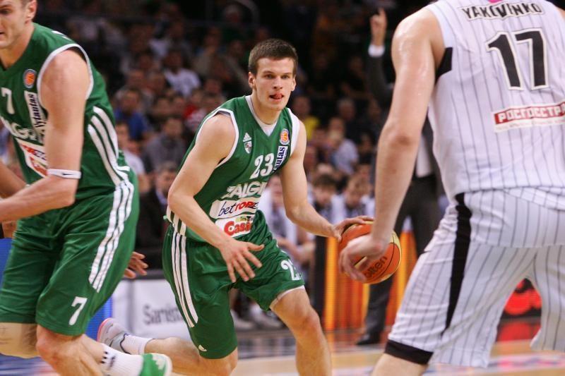 Lietuviai nušlavė kinus ir pateko į pasaulio čempionato pusfinalį