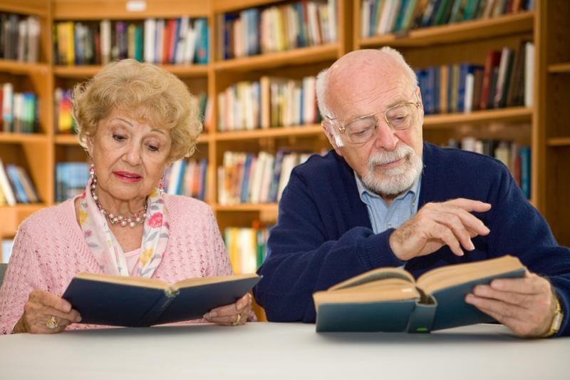 Nuo vienatvės senjorai gelbėjasi mokydamiesi ir sportuodami
