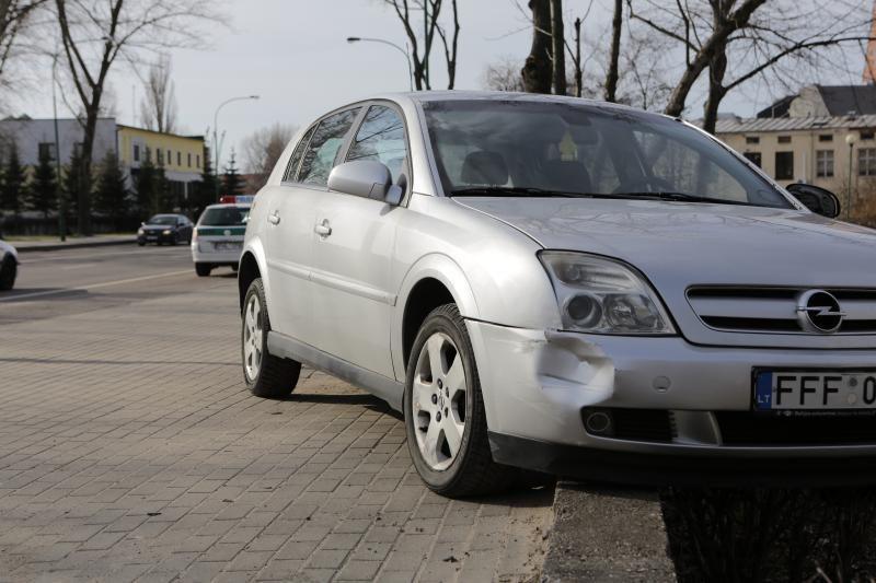 Klaipėdos centre vairuotoją ištiko širdies priepuolis