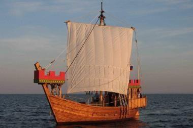 Istorinius laivus siūloma švartuoti piliavietėje