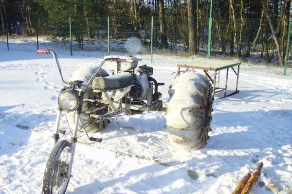 Savadarbiu triračiu motociklu - į Rusiją