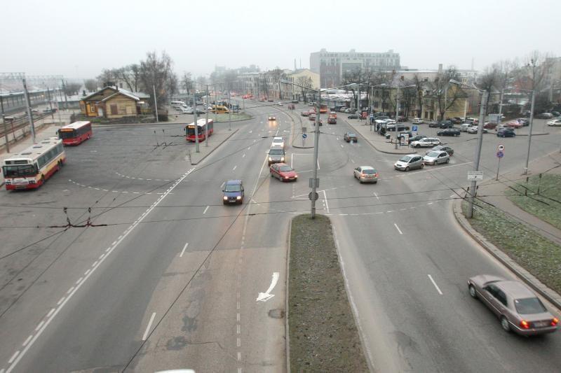 Prie Geležinkelio stoties įrengtą šviesoforą valdys patys vairuotojai
