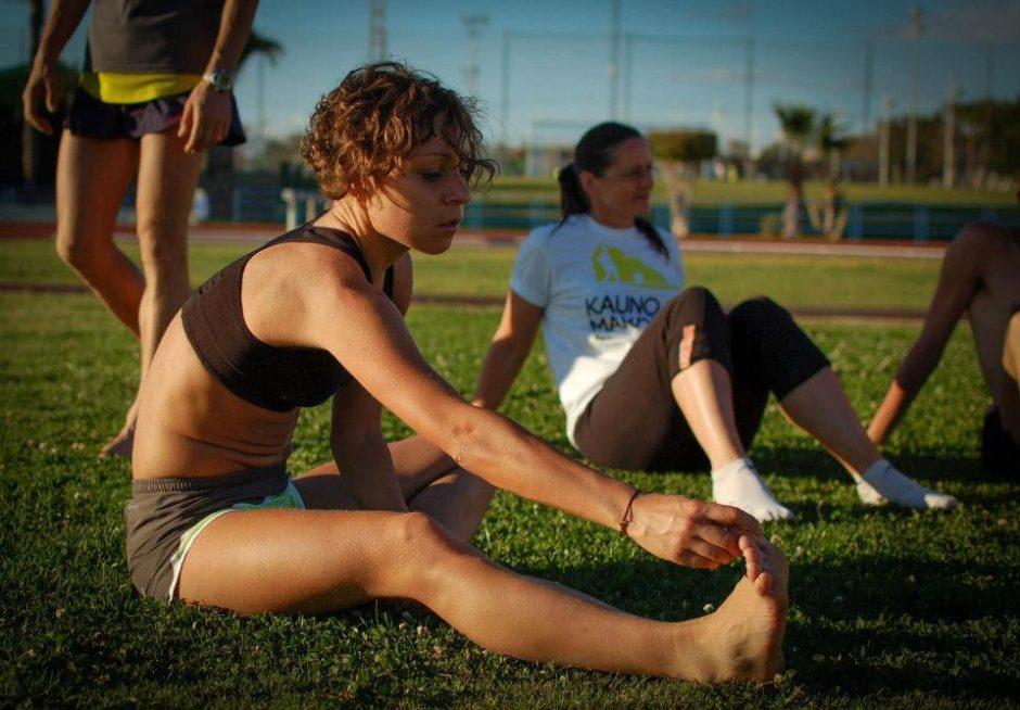 Naktinis bėgimas -    tik    moterims