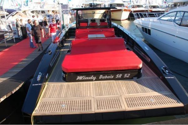 Tarptautinė valčių ir jachtų paroda Kanuose