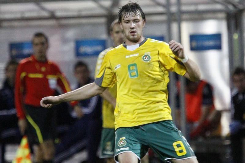 Rusijos futbolo lygos rungtynėse E.Česnauskis buvo įspėtas