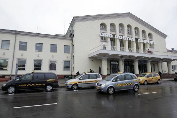 Vilniaus oro uostas tramdys    taksistus