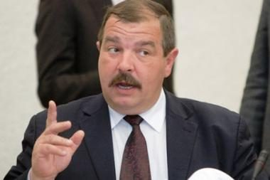 Profsąjungų lyderis teigia neinformuotas apie atšauktą leidimą, todėl mitingą tebeplanuoja