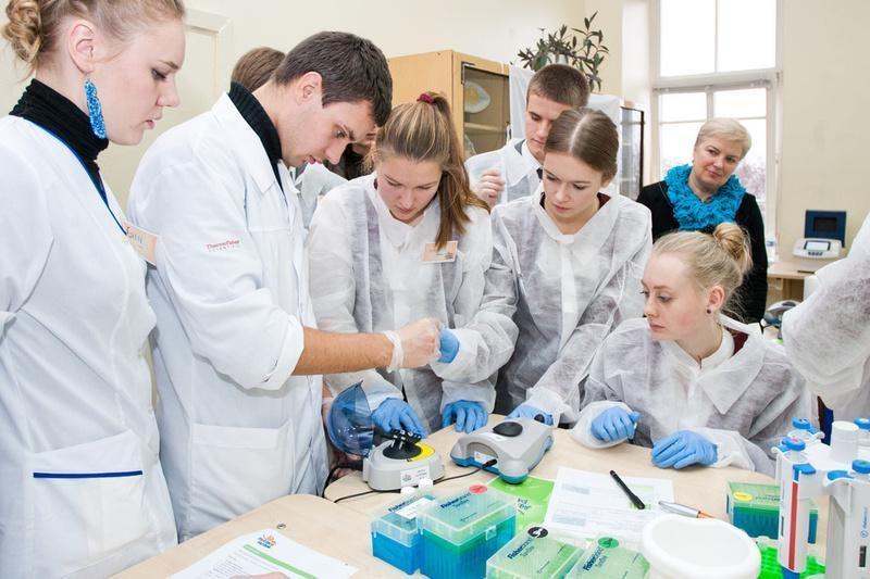Į pajūrį atvyksta pirmoji šalyje mobili biomokslų laboratorija
