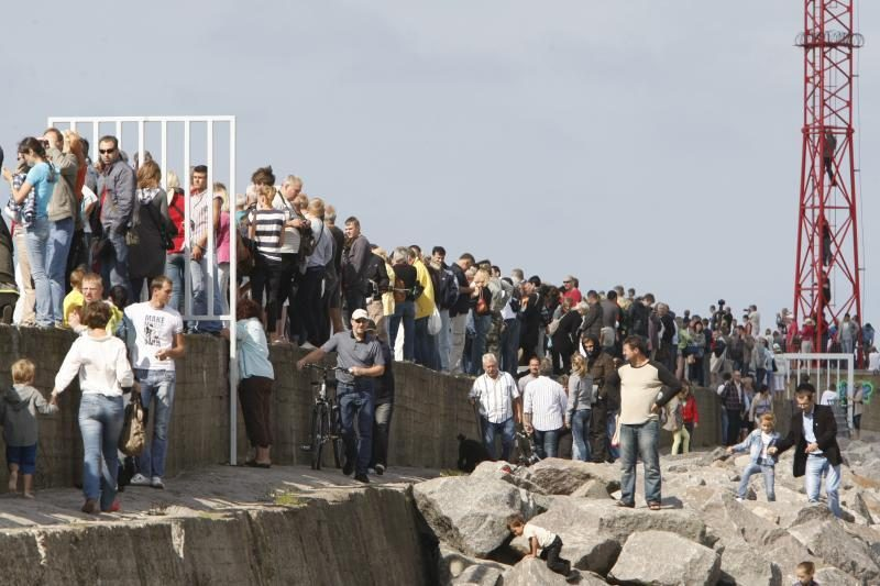 Burlaivius išlydėjo minios žmonių (papildyta nuotraukomis)