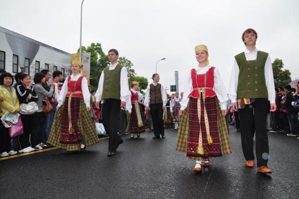 """Pirmieji įspūdžiai iš Lietuvos paviljono parodoje """"Expo 2010"""""""