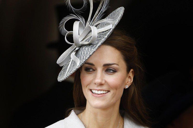 Kembridžo kunigaikštienė - stilingiausia skrybėlaičių dėvėtoja