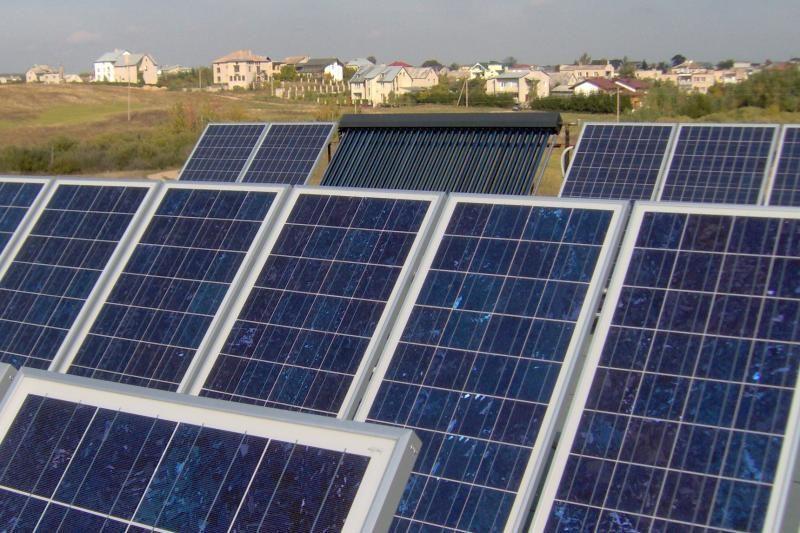 Vagys apšvarino tik rugsėjį pradėjusią veikti saulės jėgainę