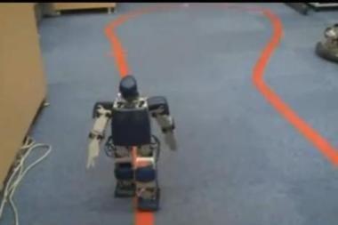 Japonijoje organizuojamas robotų bėgimo maratonas