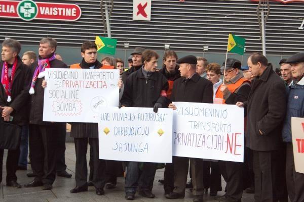Sostinės opozicijai nepavyko užkirsti kelio įmonių privatizacijai (papildyta)