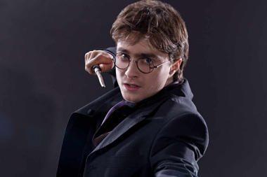 """Harį Poterį suvaidinęs aktorius D.Radcliffe'as """"liguistai"""" žavisi mirtimi"""