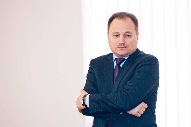 Aukščiausiojo Teismo vadovas į VTEK narius teikia E.Sakalauską